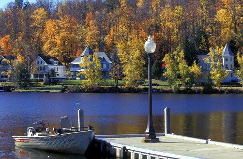 Savanne Lake, Adirondack, National Park, USA - 00713HS