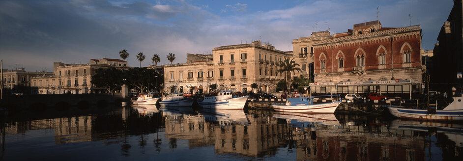 Syracusa, Sicily, Italy - 00609HS