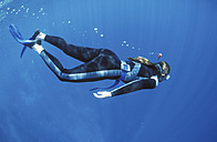 Female diver under water - GN00547