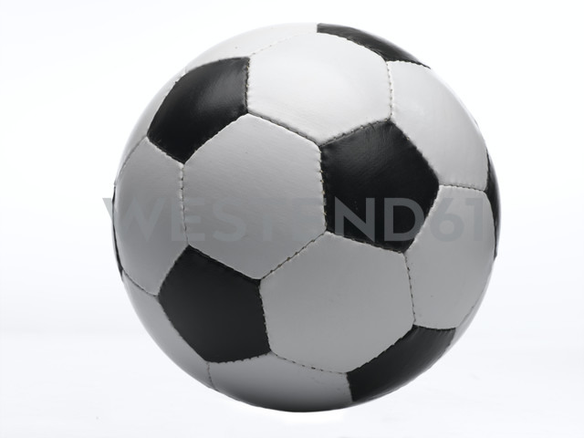 Football against white background, close-up - LMF00118