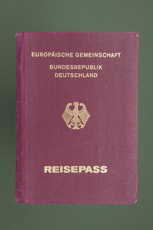 Passport of the Federal Republic of Germany - TH00157