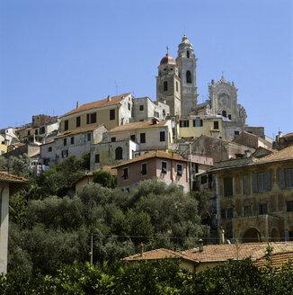Italy, S.Bartolomeo al Mare, buildings - MB00489