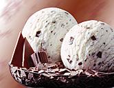 Stracciatella ice cream, close-up - 03500CS-U