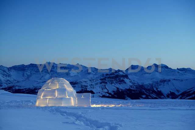 Switzerland, Toggenburg, traditional igloo in mountains - KM00161