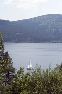 Germany, Black Forest, Boat on Schluchsee - UKF00059