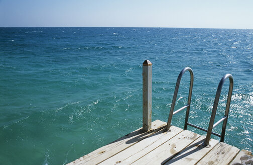 Pier with handrail, elevated view - UKF00067