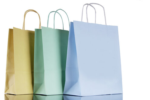 Shopping bags, close-up - 00117LR-U