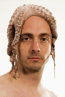 Man with squid on head - LD00183