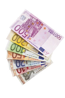 Fanned Euro notes - 05391CS-U