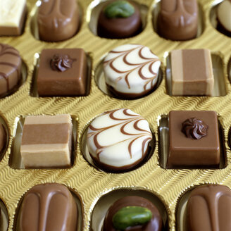 Candy box, close-up - COF00094