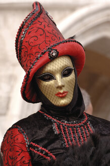 Italy, Venice, masked person - 00226LR-U