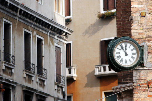 Italy, Venice, clock and buildings - 00214LR-U