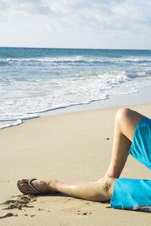 Spain, Fuerteventura, man on beach - UKF00137