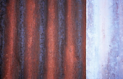 Structure in brown and purple - PMF00433