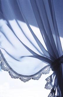 Curtain - PM00484