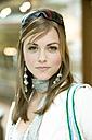 Young woman, portrait - KMF00997