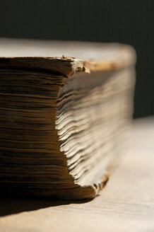 Bible, detail, close-up - TLF00040