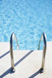 Railing at swimming pool - LDF00498