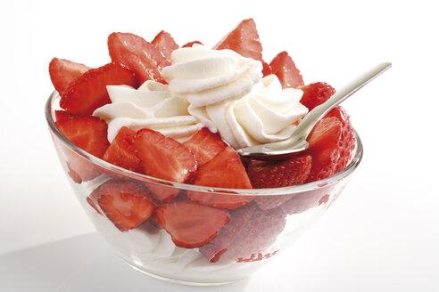 Strawberries with whipped cream - 06799CS-U
