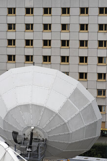Satellite dishes, close-up - TL00206