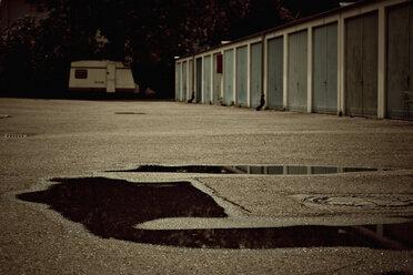 Garage doors - DW00144