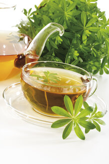 Woodruff and woodruff tea, close-up - 07283CS-U