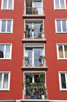 Germany, Bavaria, Munich, balconies - MBF00770