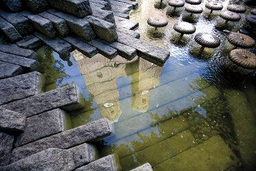 Germany, Bavaria, Munich, water reflection of church - 07933CS-U