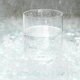 Glass of water, close-up - CHK00742