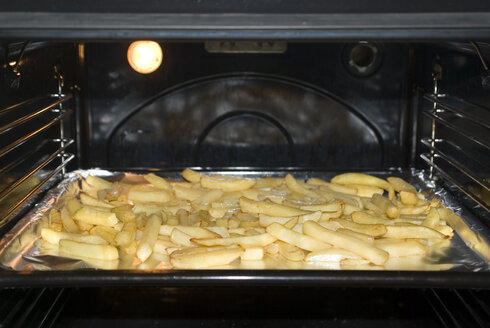 French fries in oven - MUF00066
