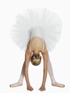 Young ballerina (14-15) - KMF01168