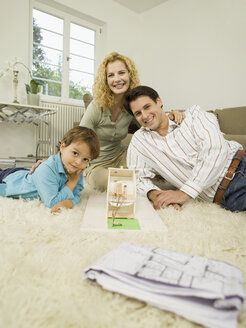 Young family in living room - WESTF06659