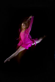 Female ballet dancer jumping in air - RRF00160