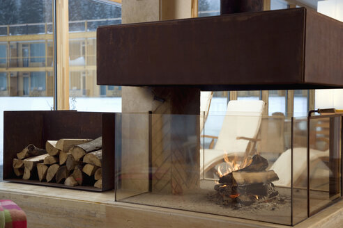 Interior with fireplace - WESTF07745