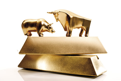 Bull and bear sculptures by gold bars - 08632CS-U