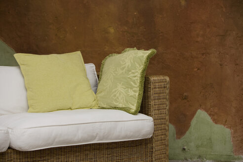 Sofa with cushions - HKF00234
