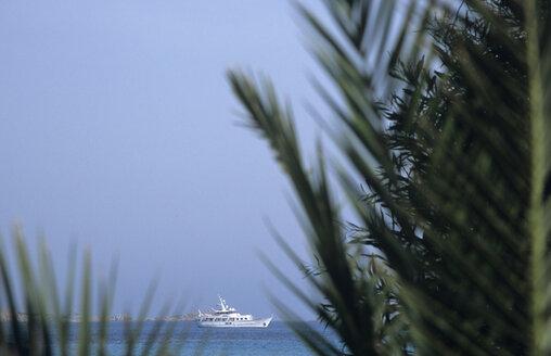 Italy, Sardinia, Yacht on sea - LFF00130