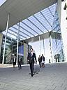 Germany, Baden-Württemberg, Stuttgart, Businesspeople walking - WEST08692
