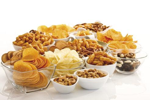Assorted snacks in glass bowls - 09093CS-U