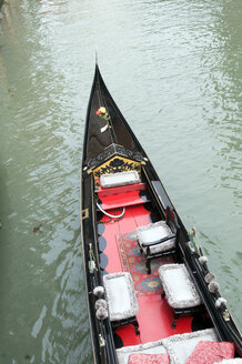 Italy, Venice, Gondola, elevated view - AWDF00038
