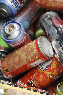 Aerosol Cans, close-up - 00470LR-U