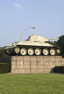 Germany, Berlin, Soviet War Memorial, Tank - PM00747