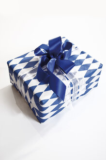 Gift parcel with bow - 10605CS-U