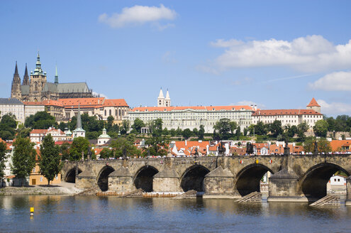 Czech Republic, Prague, Vitava river, Bridge - PSF00049