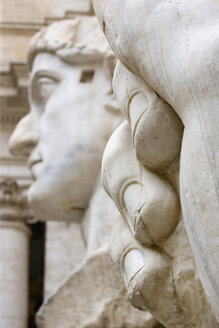 Italy, Rome, Vatican City, Palazzo dei Conservatori, Bust of Constantine, close up - PS00143