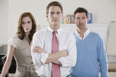 Germany, Munich, three Business people in office, portrait - LDF00684