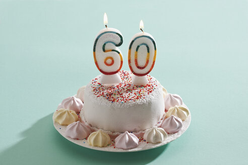Birthday cake with burning candles - 11275CS-U