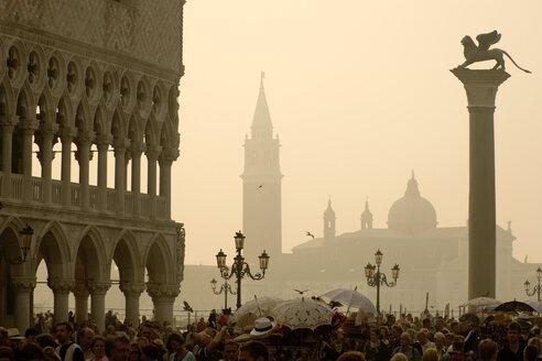 Italy, Venice, Doge's Palace, Lion Column, San Giorgio Maggiore in background - PSF00341