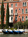 Italy, Venice, Grand Canal, Gondola in front of Palazzo - PSF00317