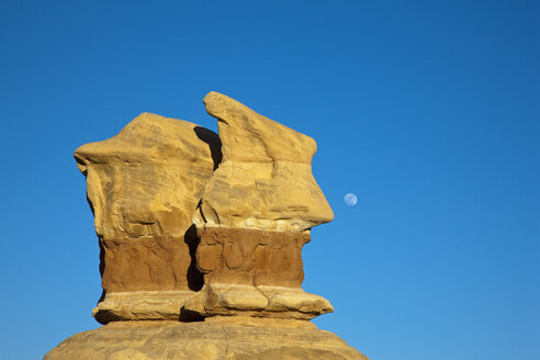 USA, Utah, Grand Staircase Escalante National Monument, Devils Garden, Rock formation - FOF01666